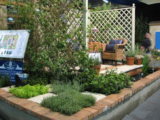 2007 Garden & Leisure Show. Checker board herb garden. Won Gold